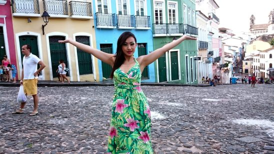 Ayi-in-the-old-town-brazil-4