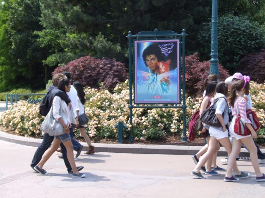 * Captain Eo Paris & Disney