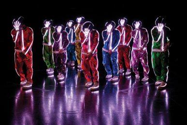 cirque-du-soleil-michael-jackson-tour-4