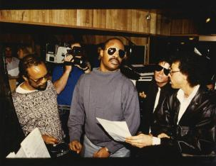 quincy-jones-stevie-wonder-michael-jackson-lionel-ritchie-we-are-the-world