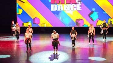 Gala-2018-La-routine-Adulte----MK-Dance-Studio-Pontault-Combault-77-(29)