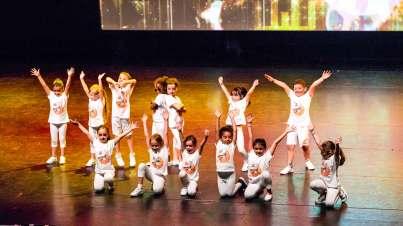 Gala-2018-La-routine-Enfant----MK-Dance-Studio-Pontault-Combault-77-(16)