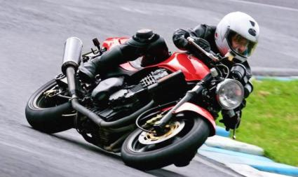 Gallery - Speed Triple On The Track