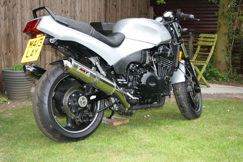 Spotting A Fake MK1 Speed Triple - 7