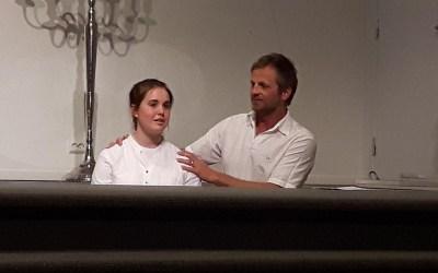 Gripende dåp i og etter gudstjenesten.