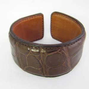Bracelets et manchettes en cuir