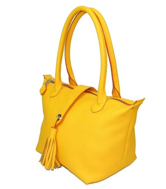 sac à main à pompon en cuir grainé jaune soleil made in france