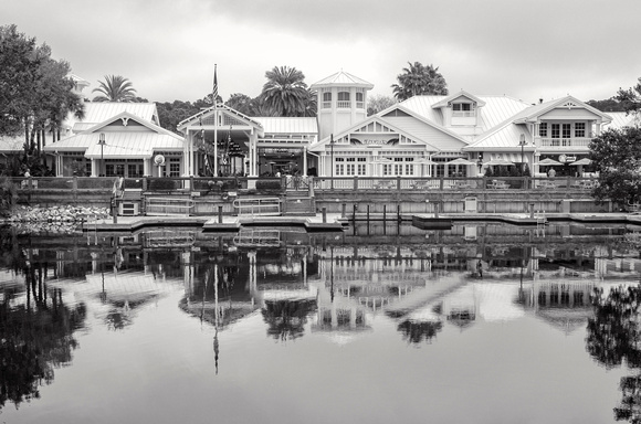 MLCreations Photography: WDW in B&W &emdash; Hospitality House