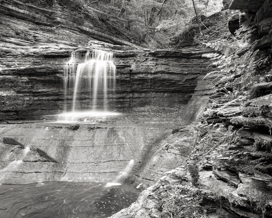 MLCreations Photography: Buttermilk Falls &emdash; Low Flow