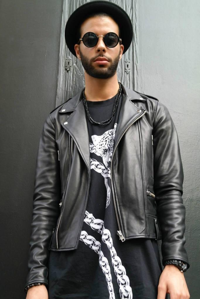 Samy Lool all black