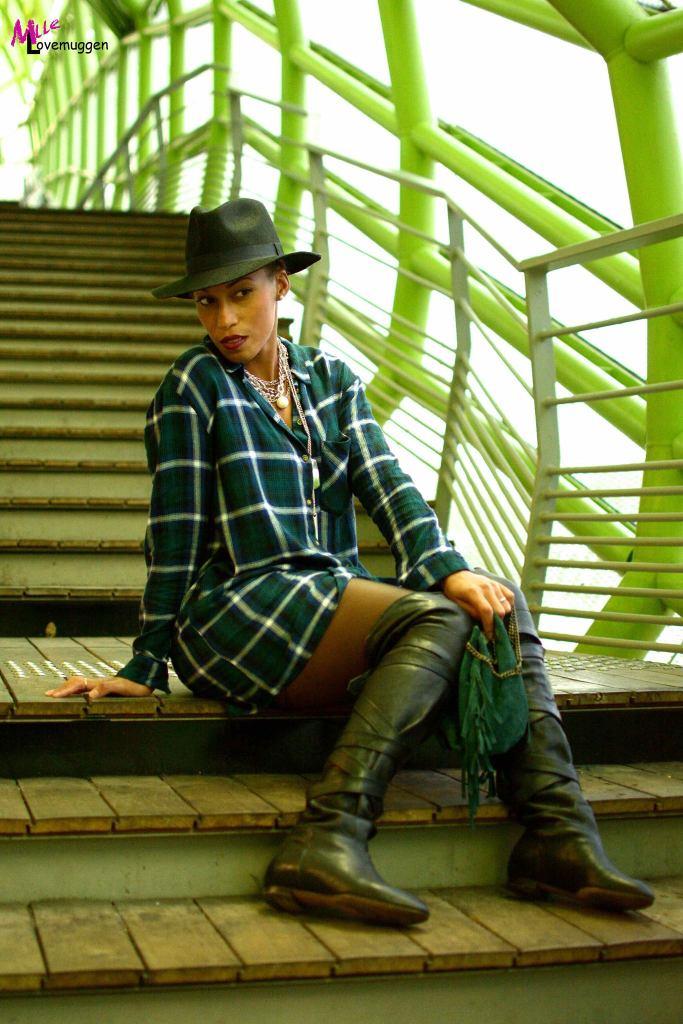 Chapeau Pimkie et robe à Carreaux H&M