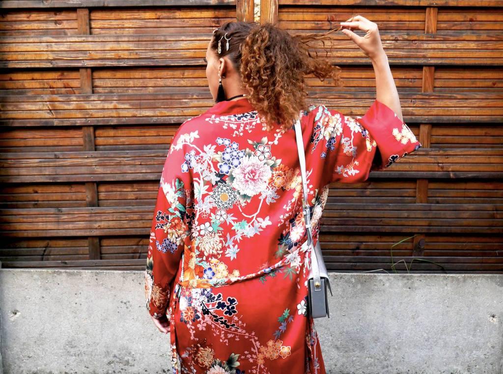 kimono rouge Bershka