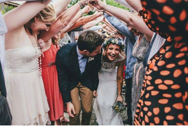 davidrobertson-mariage-entree-maries