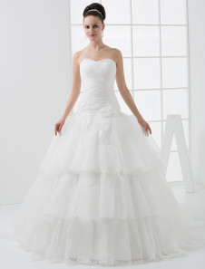 Chic Tiered Sweetheart Neck A-line Bridal Wedding Dress