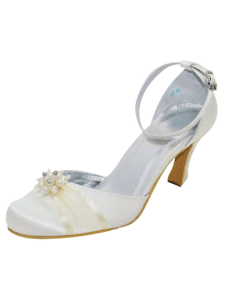 Ivory Antique Design Round Toe Silk And Satin Pumps For Bride