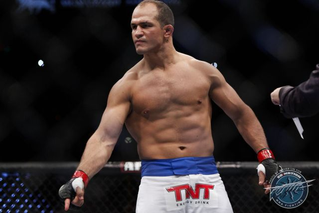 UFC: Junior Dos Santos accepts six month suspension from USADA - Junior Dos Santos