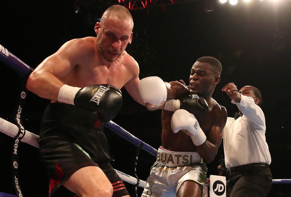 Boxing: Joshua Buatsi knocks out Stephane Cuevas in the sixth round - Buatsi