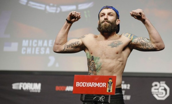 UFC 232 Results - Michael Chiesa Submits Carlos Condit in Second Round -