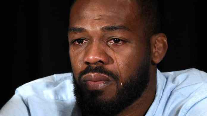 Jon Jones apologises to all the fighters on the UFC 232 card personally for last minute relocation - Jon Jones
