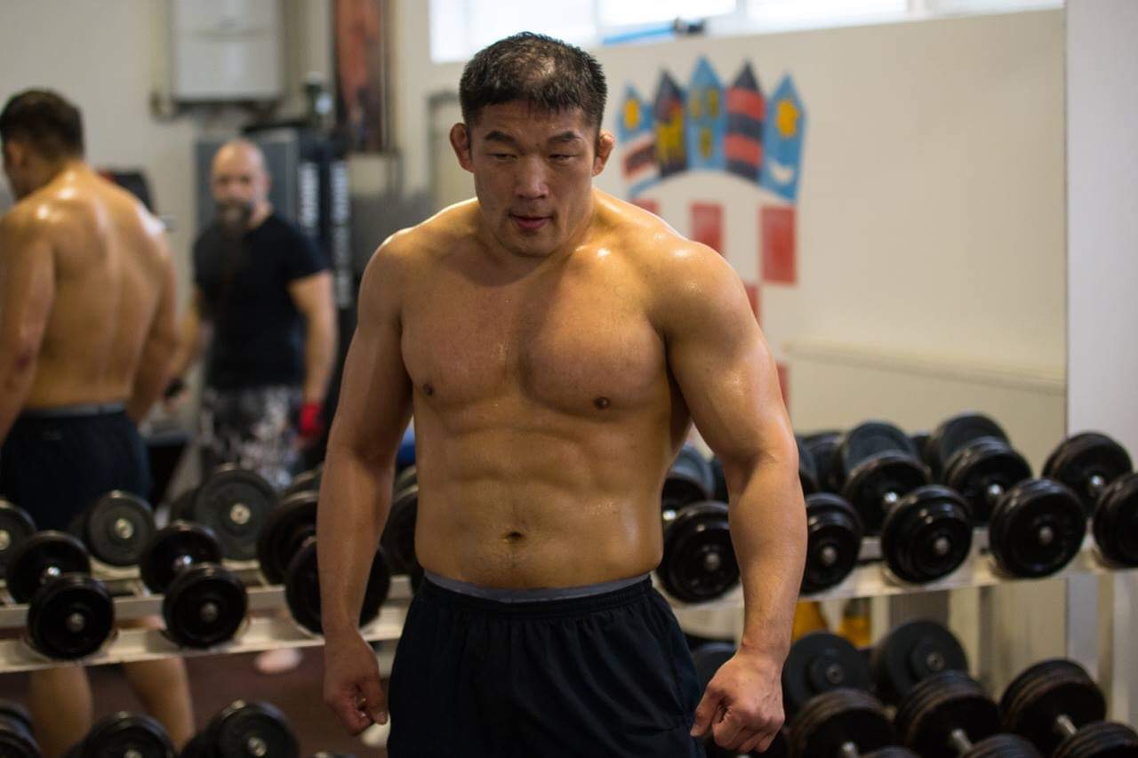 Satoshi Ishii meets former Heavyweight Champ in KSW debut -