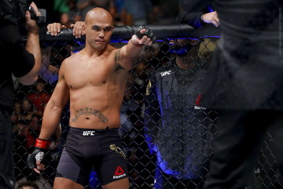 Robbie Lawler: 'S**t happens, but I would love to run the Ben Askren fight back' -