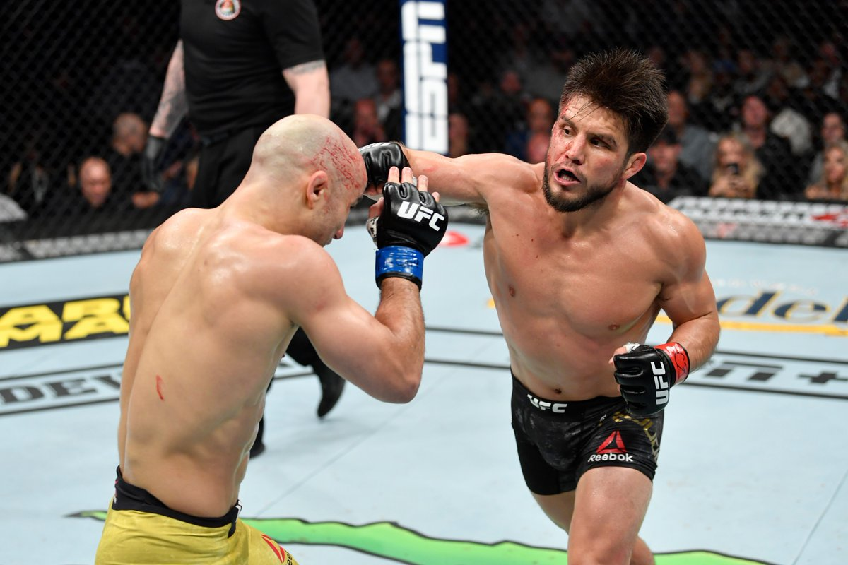 Twitter reacts to Henry Cejudo's come from behind victory over Marlon Moraes - Cejudo