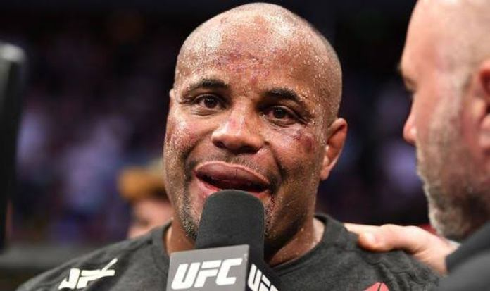 Daniel Cormier posts emotional tribute to his father who passed away due to cancer - Cormier