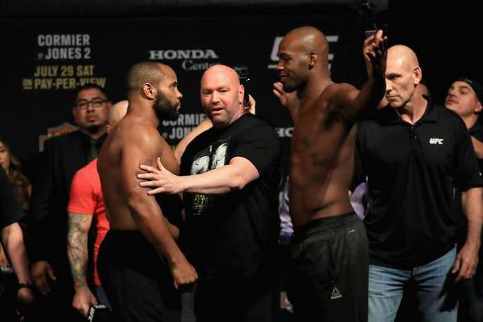 Dana White wants Jones vs DC 3 at HW - but both fighters don't! -
