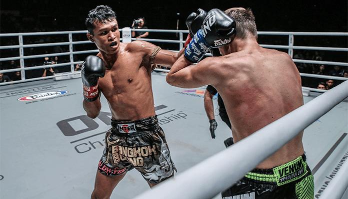Smokin' Jo Nattawut Focuses On the Task At Hand -