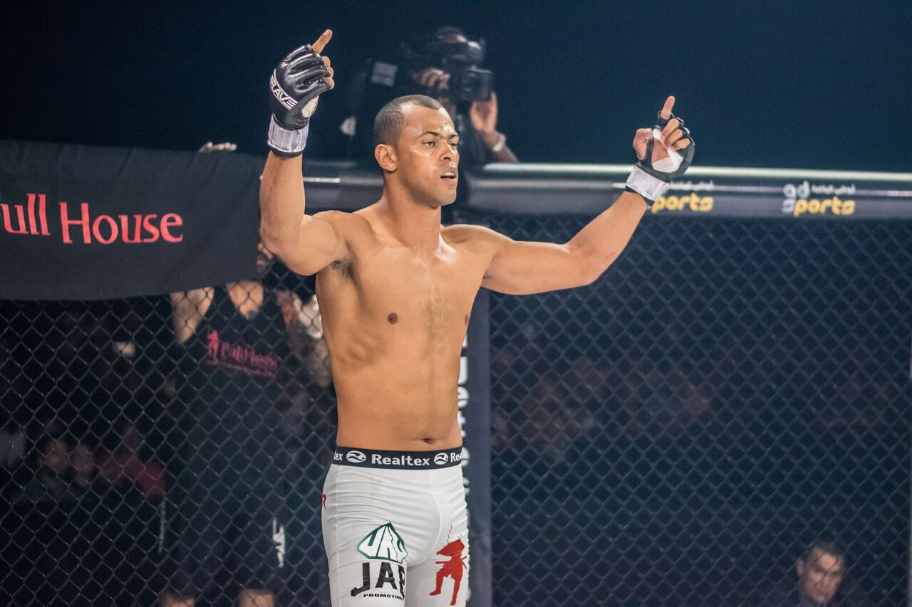 """From street fights to martial arts: meet BRAVE 25's """"The Predator"""" -"""