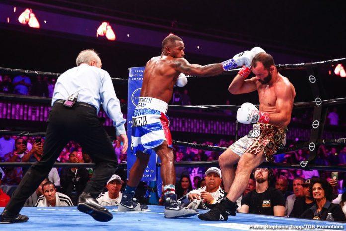 Canelo Alvarez's brother gets brutally knocked out by Canelo's former opponent - Alvarez