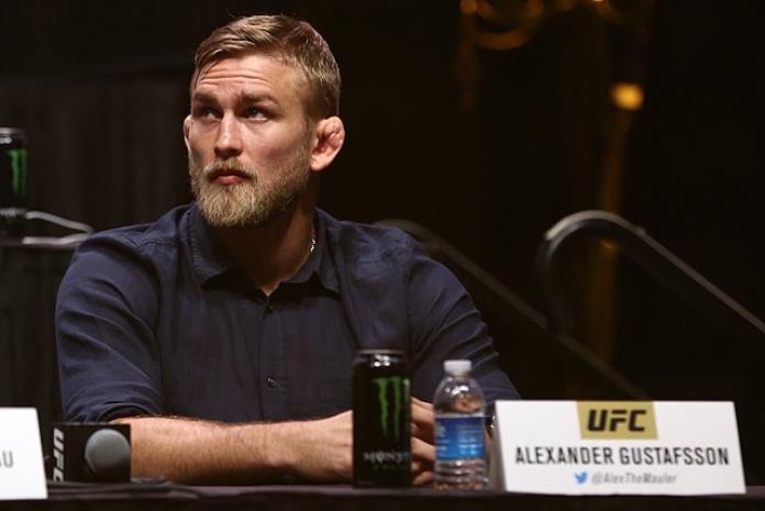 Alexander Gustafsson willing to return from retirement for Luke Rockhold fight - Alexander