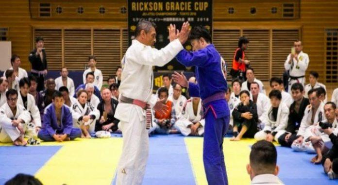Urmăriți seminarul de 1 oră susținut de legendarul Rickson Gracie în Tokyo (2018)