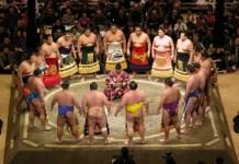 Ce este SUMO: Istoria și regulile. Vezi cele mai spectaculoase faze din SUMO! (VIDEO)