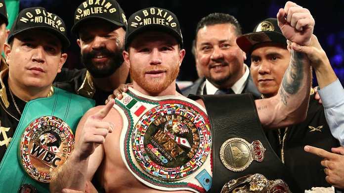 Boxerul Canelo Alvarez a semnat cel mai mare contract din istoria sporturilor de contact! Vezi ce sumă va primi pugilistul mexican.