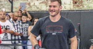 Stipe Miocic UFC 211