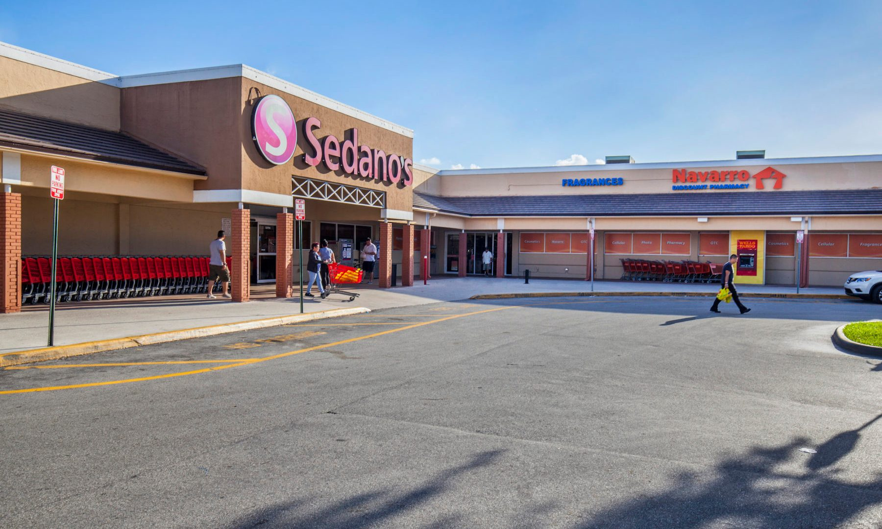 MMG Equity Partners Refinances Retail Center, Town and Country Plaza for $27M