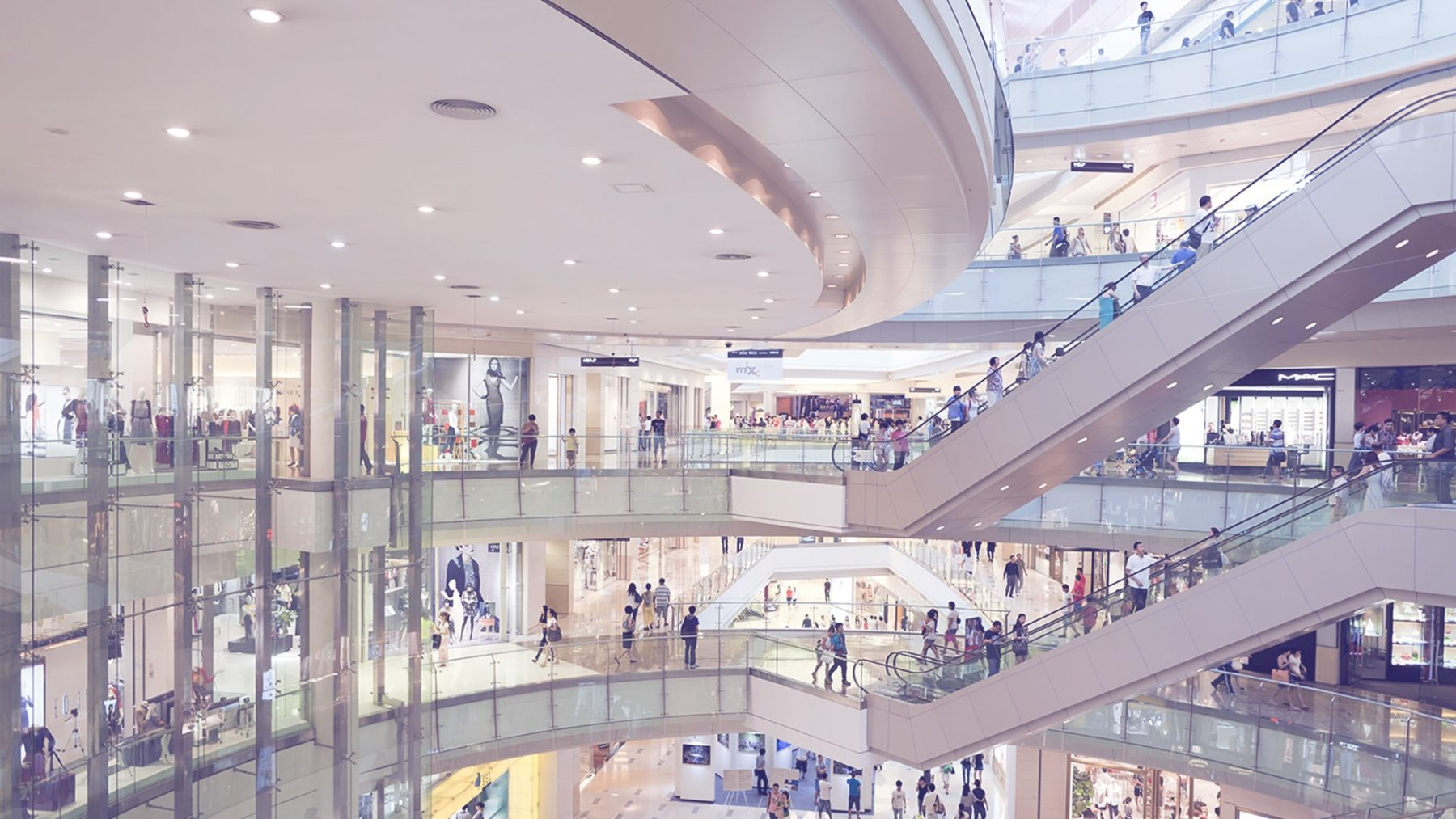 Experts Round-Up: Top Retail Trends to Expect in 2018