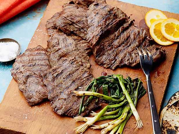 تتبيلة اللحمة المشوية بأكثر من طريقة للحم مشوي طري و لذيذ