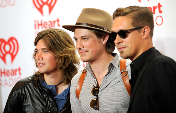 Photos: Hanson Backstage @ iHeartRadio Festival 2013