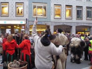 Perchtenlauf Marienplatz 12-2014 - 04