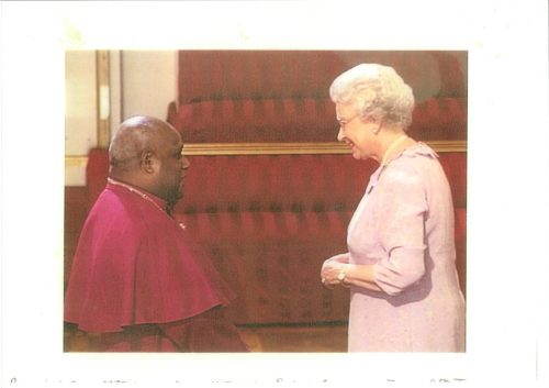 Queen Elizabeth II & +Willie Pwaisiho