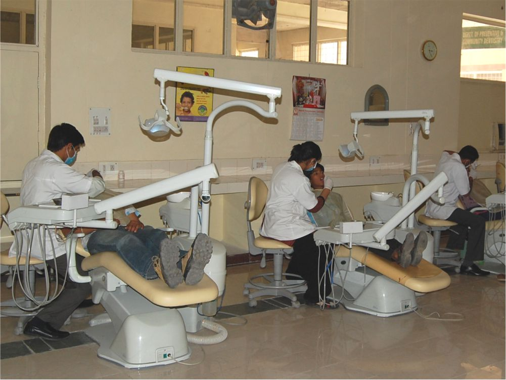 Postgraduate Clinic - Postgraduate students train and treat patients in comprehensive oral health care, methods of public health awareness and delivery, epidemiology and biomedical statistical methods and involving strategies.