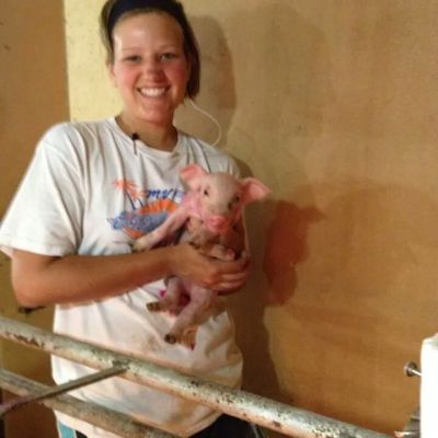 MN Agriculture – Makayla Nepp And Her Love For Farming and Pigs