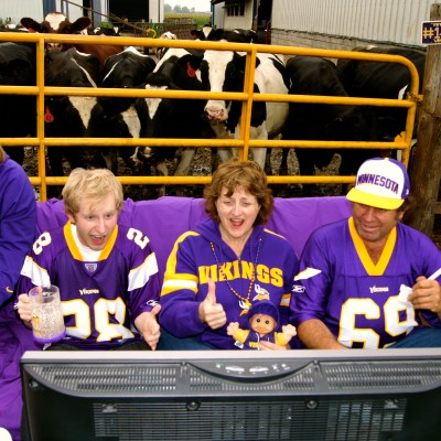 MN Agriculture, Janet Bremer (Bremer Family Farm), Dairy