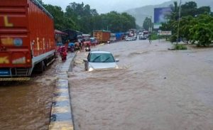 Monsoon season claims 500 lives in India