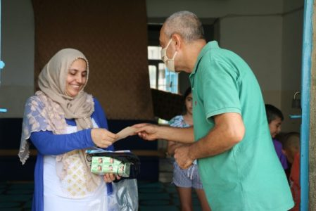 LSESD Ministry Provides Groceries and Medicine to People Losing Hope in Lebanon