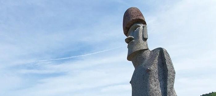 南三陸町のモアイ像