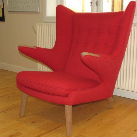 Hans J. Wegners Bamse-stol, renoveret af Møbelværkstedet i Osted