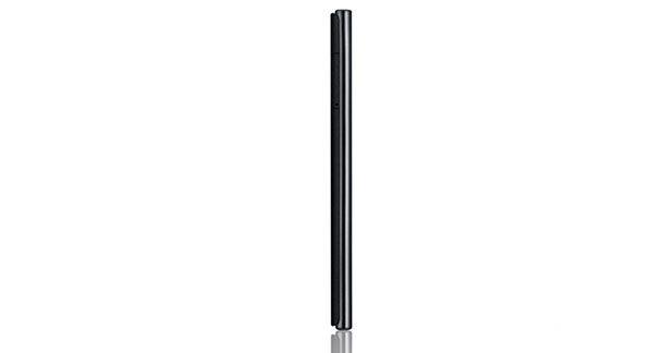 LG Optimus VU P895 Left View